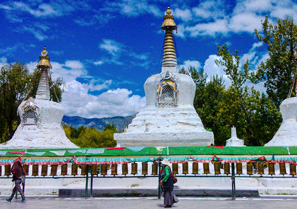 8 Days Lhasa to Namtso Lake Bike Tour